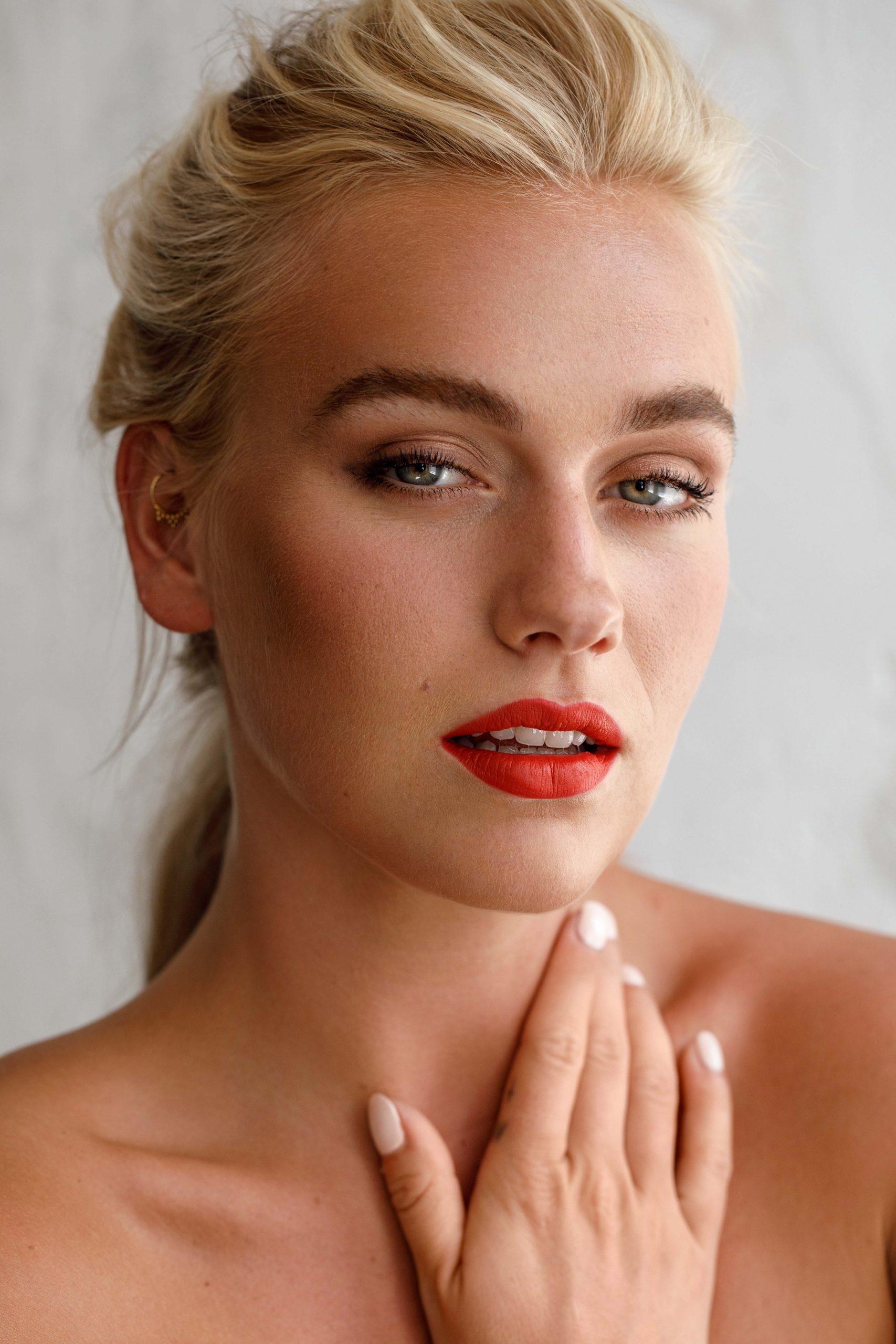 Rode Lippenstift Karin van Berkel